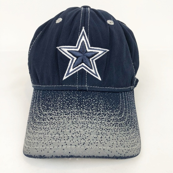4714fd63b64 Dallas Cowboys Fitted Embroidered Baseball Cap. M 5b679a47aaa5b89bbefd6880
